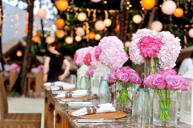 חתונת שישי צוהריים: טיפים לחתונה מוצלחת ובלתי נשכחת!