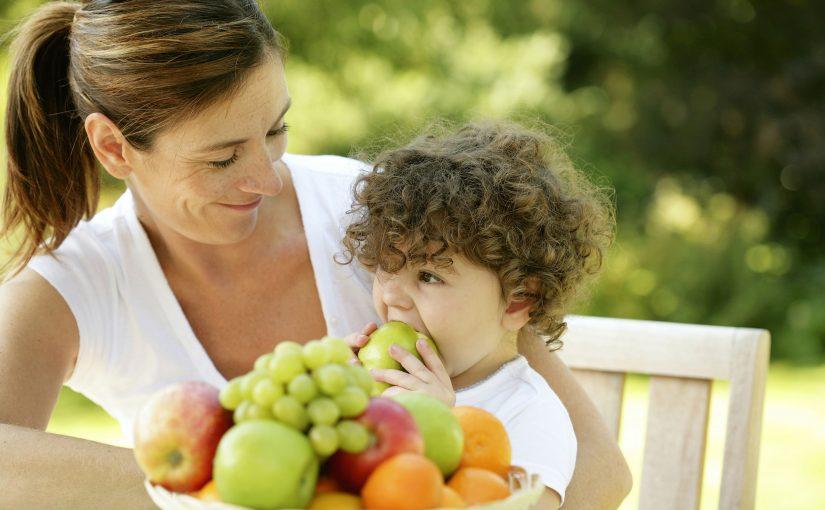 דגשים חשובים כשמזמינים סלסלת פירות ליולדת