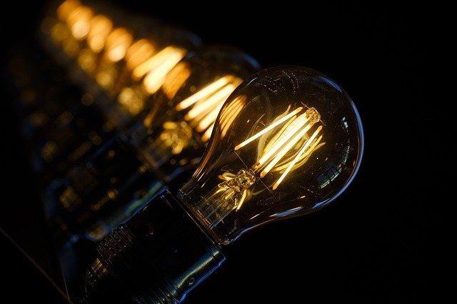 תאורת וינטאג' – אילו טרנדים חוזרים בתחום התאורה?