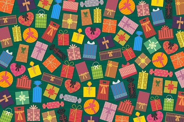 למה חשוב לתת מתנות מוחשיות לפסח לצד תווי השי